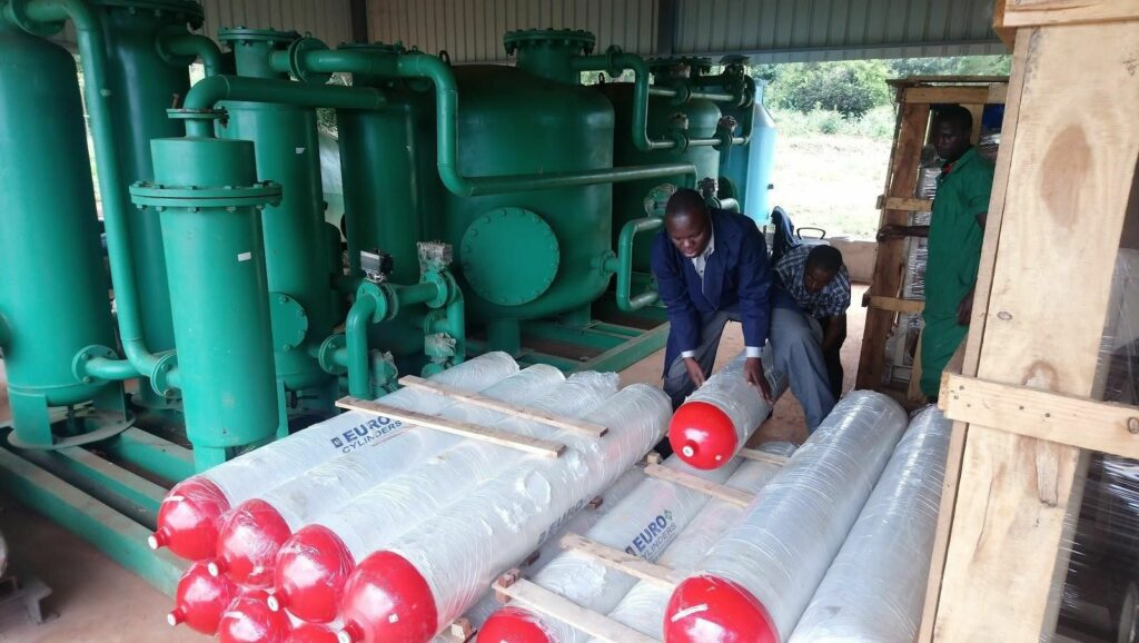 CNG cylinders for gas purification and bottling plant at Olivado